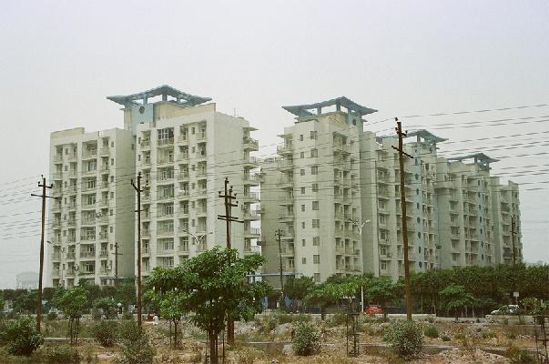Mahagun Maestro, Noida - Residential Apartments