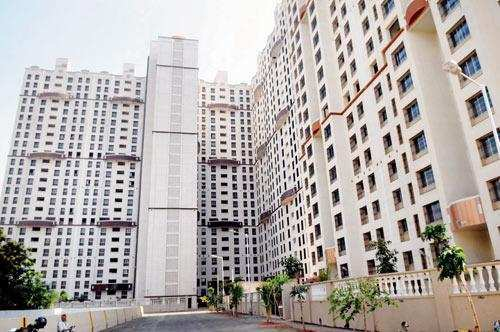 3 BHK Flats & Apartments for Sale in Powai, Mumbai, Mumbai Central - 1350 Sq. Feet