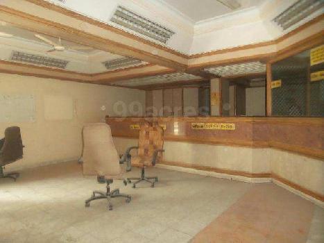 1778 Sq.ft. Showroom for Rent in Navrangpura, Ahmedabad