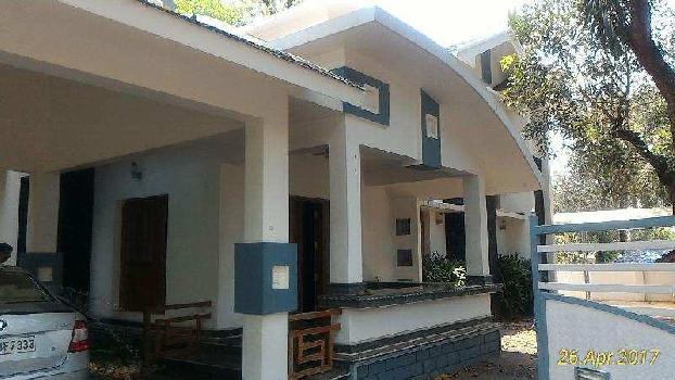 4 BHK 3400 Sq.ft. House & Villa for Sale in Kottakkal, Malappuram
