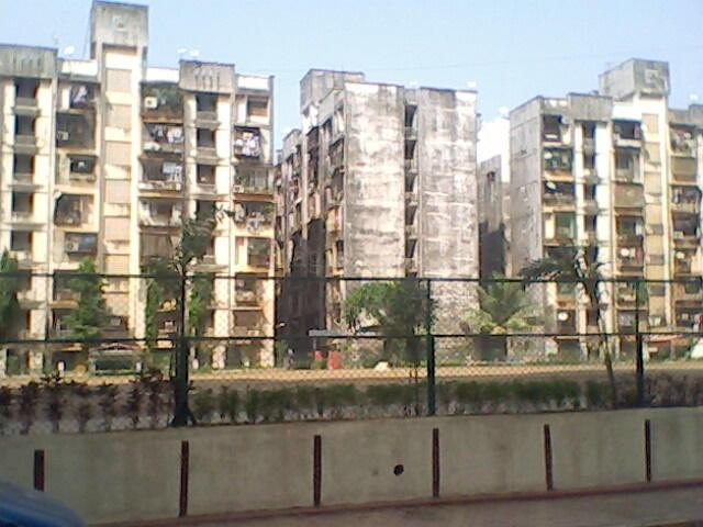 1 BHK Flats & Apartments for Rent in Kandivali West, Mumbai North - 3 Acre
