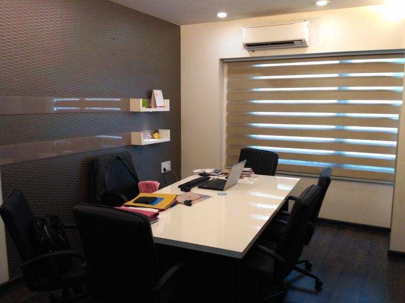 877 Sq. Feet Office Space for Rent in Ahmedabad West - 877 Sq. Feet