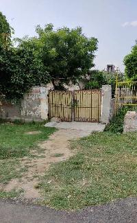 555 Sq. Meter Residential Plot for Sale in Sector 72, Noida