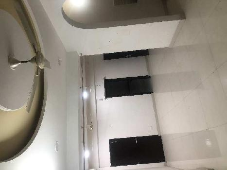 3 BHK 250 Sq. Yards Residential Apartment for Rent in Ranjit Avenue, Amritsar