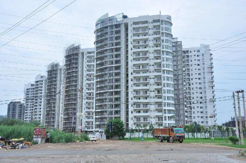 3 BHK Flats & Apartments for Sale in Sohna Road, Gurgaon - 150 Acre