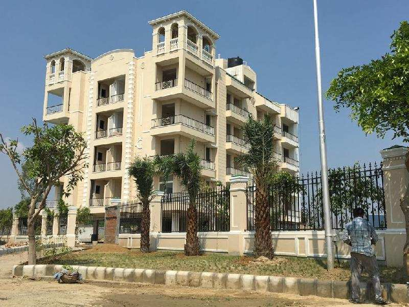 1 BHK Flats & Apartments for Sale in Yamuna Expressway, Greater Noida - 2 Acre
