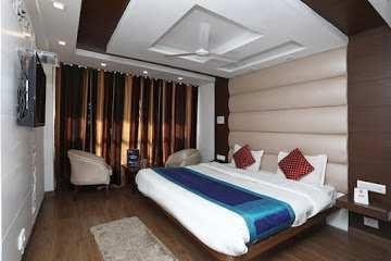 8000 Sq.ft. Hotels for Rent in Mussoorie, Dehradun