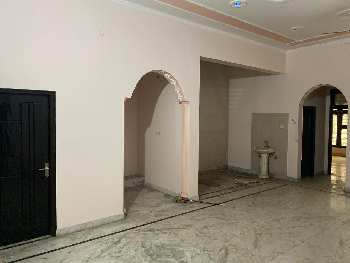 3 BHK 450 Sq. Meter House & Villa for Sale in Sector 31 Noida