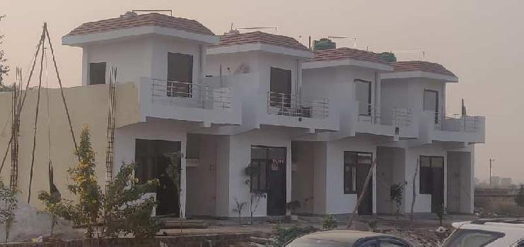 1 BHK 750 Sq.ft. House & Villa for Sale in Noida Extension