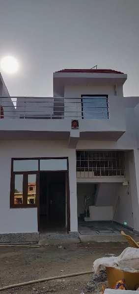 1 BHK 615 Sq.ft. House & Villa for Sale in Yamuna Expressway, Greater Noida