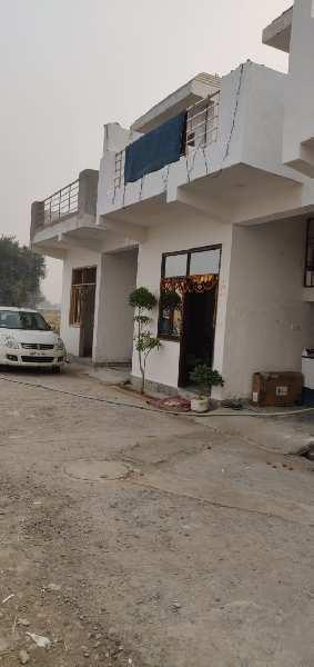 1 BHK 750 Sq.ft. House & Villa for Sale in Yamuna Expressway, Greater Noida