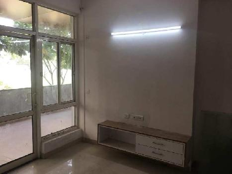 3 BHK 1660 Sq.ft. Residential Apartment for Rent in Sector 137 Noida