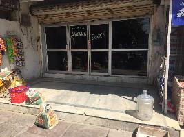 400 Sq.ft. Commercial Shop for Rent in Sector 21, Noida
