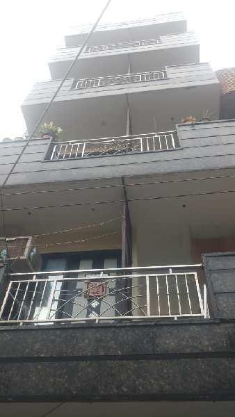 2 BHK 100 Sq. Yards House & Villa for Sale in Block 4 Subhash Nagar, Delhi