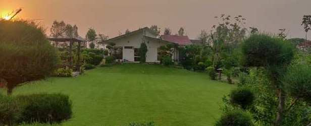 2 BHK 1200 Sq. Yards Farm House for Sale in Sector 151 Noida