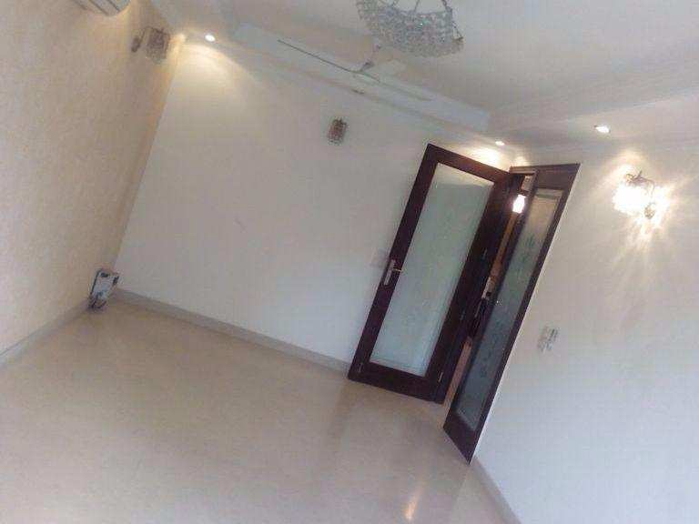 3 BHK Builder Floor for Rent in Green Park Extention, Green Park, Delhi - 1400 Sq. Feet