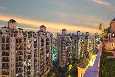 3 BHK Flats & Apartments for Sale in Sector 93a, Noida - 1450 Sq. Feet