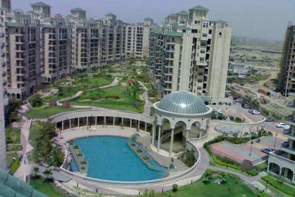 3 BHK Flats & Apartments for Sale in Sector 93b, Noida - 1543 Sq. Feet