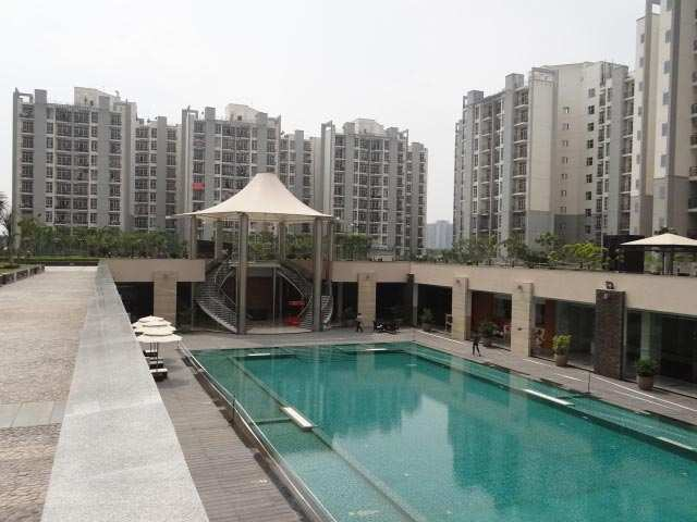 2 BHK Flats & Apartments for Sale in Sector 93b, Noida - 1110 Sq. Feet