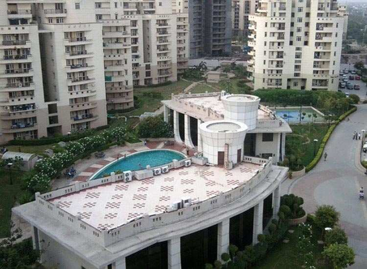 3 BHK Flats & Apartments for Sale in Sector 93a, Noida - 1400 Sq. Feet