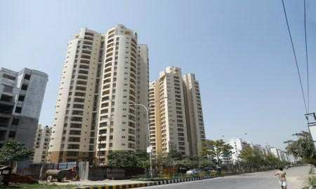 3 BHK Flats & Apartments for Sale in Sector 93, Noida - 1324 Sq.ft.