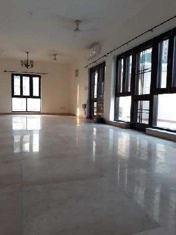 4 BHK 4000 Sq.ft. Residential Apartment for Rent in Sector 93 Noida