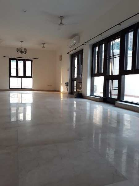 4 BHK 4000 Sq.ft. Residential Apartment for Rent in Sector 93a Noida