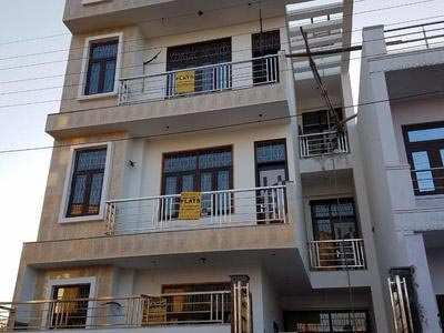6 BHK Individual House for Sale in Mathura - 142 Sq. Yards