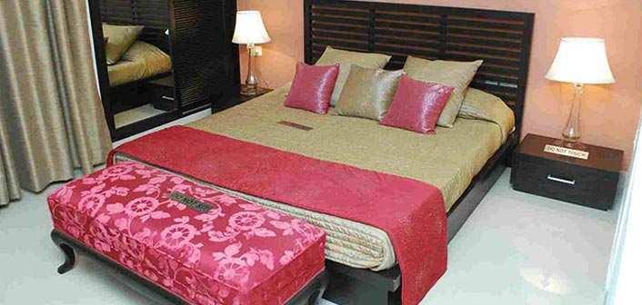 4 BHK Bungalows / Villas for Sale in Noida Extn., Noida - 5800 Sq.ft.