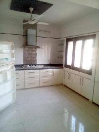4 BHK Flat for Rent in Old Padra Road, Vadodara
