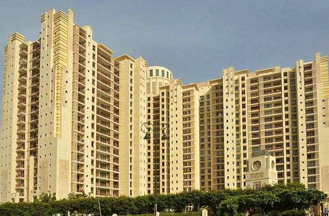 4 BHK Flats & Apartments for Sale in Dlf City Phase V, Gurgaon - 3300 Sq. Feet