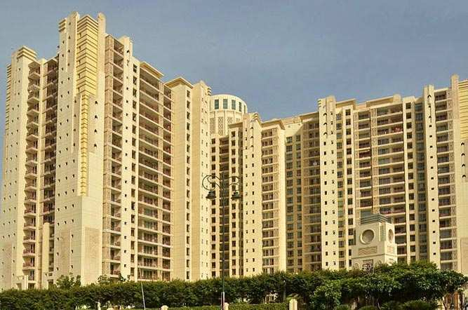 4 BHK Flats & Apartments for Sale in Dlf City Phase V, Gurgaon - 3300 Sq.ft.
