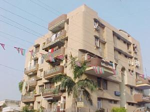 Flats & Apartments for Sale in Kanpur - 1450 Sq. Feet