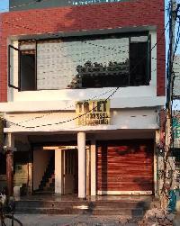 750 Sq.ft. Showroom for Rent in Dhakoli, Zirakpur