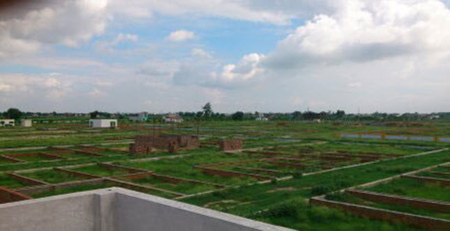 Residential Land / Plot for Sale in Lal Kuan, Ghaziabad - 110 Sq. Yards
