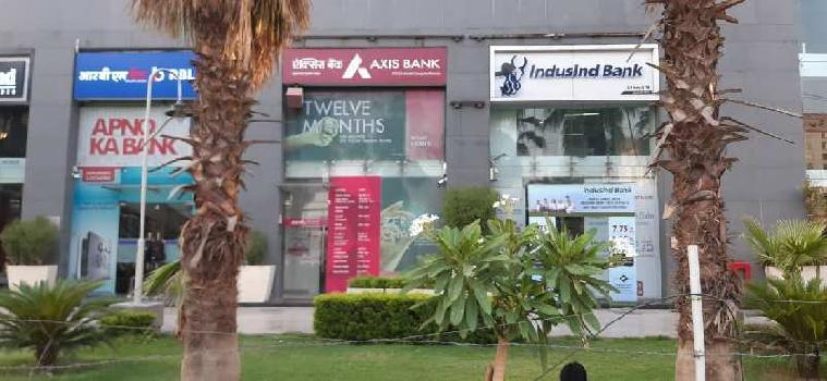 1610 Sq.ft. Commercial Shop for Rent in MG Road, Gurgaon