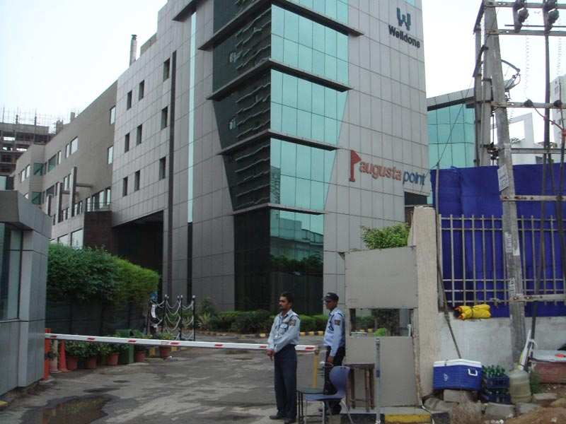 521 Sq. Feet Office Space for Sale in MG Road, Gurgaon - 2 Acre