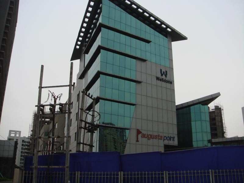 2000 Sq. Feet Office Space for Rent in Golf Course Road, Gurgaon - 5 Acre