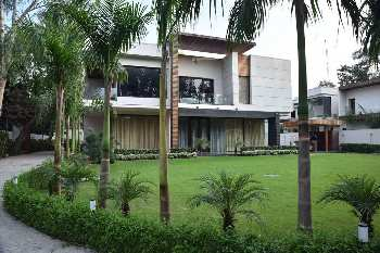 5 BHK 15000 Sq.ft. House & Villa for Rent in DLF Chattarpur Farms