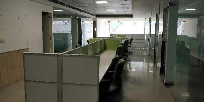 2700 Sq.ft. Office Space for Sale in College Road, Nashik
