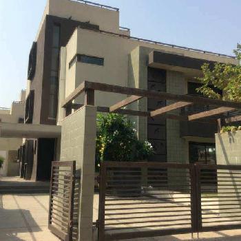 5 BHK 700 Sq. Yards House & Villa for Sale in Thaltej, Ahmedabad