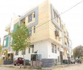3 BHK Flats & Apartments for Sale in Jagatpura, Jaipur - 1350 Sq. Feet
